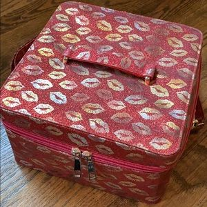 Train case red and gold glitter lips makeup bag
